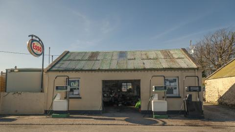 Maunsell's Service Station